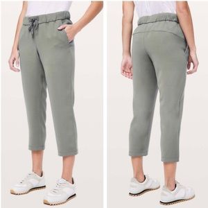 """Lululemon On The Fly Crop *Woven 23"""" Grey Sage"""
